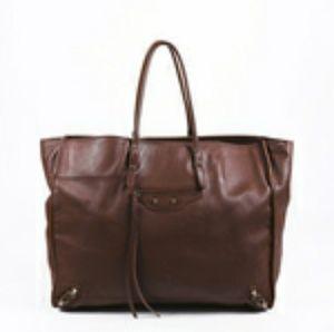 Balenciaga Papier A4 leather tote bag features bra